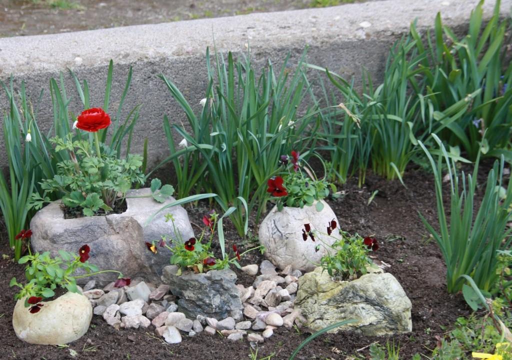 Поделки из гипса для сада и огорода своими